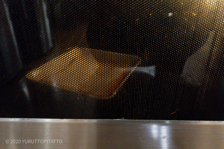 卵液にひたした食パンを電子レンジで加熱する